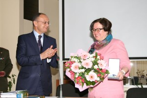MINISTER'S VISIT TO THE FRENCH UNIVERSITY