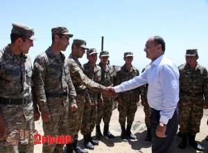 DEFENSE MINISTER'S VISIT TO SOUTH-EASTERN BORDER ZONE
