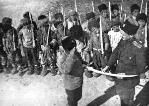 Երեխային թուր հանձնողը Հովհաննես Թումանյանի որդին է՝ Արտավազդը